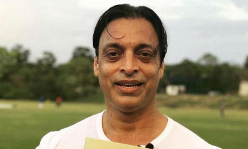 انڈر-19 ٹیم کو بھارت سے شکست،'10 لاکھ والے آئیں گے تو ایسی کوچنگ ہوگی'