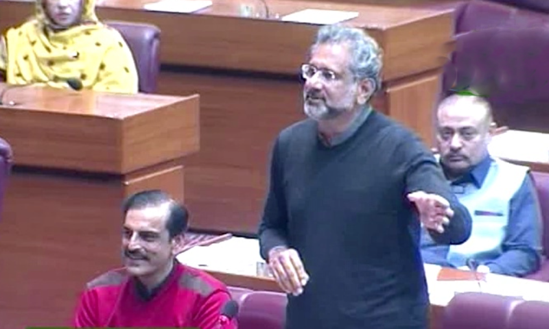 Former prime minister Shahid Khaqan Abbasi addresses the National Assembly on Wednesday. — DawnNewsTV