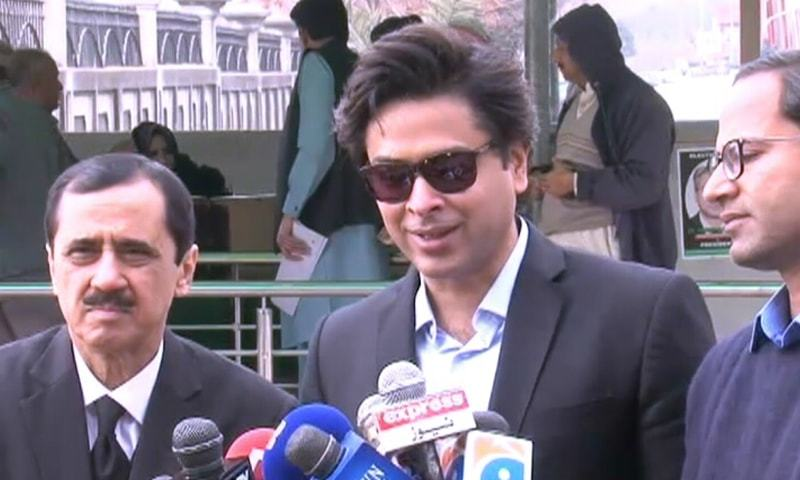 Singer and rights activist Shehzad Roy speaks to the media outside the IHC on Thursday. — DawnNewsTV