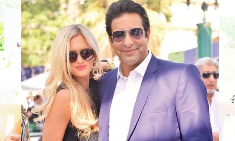 وسیم اکرم اہلیہ کے ساتھ فلمی پردے پر رومانس کرنے کو تیار؟