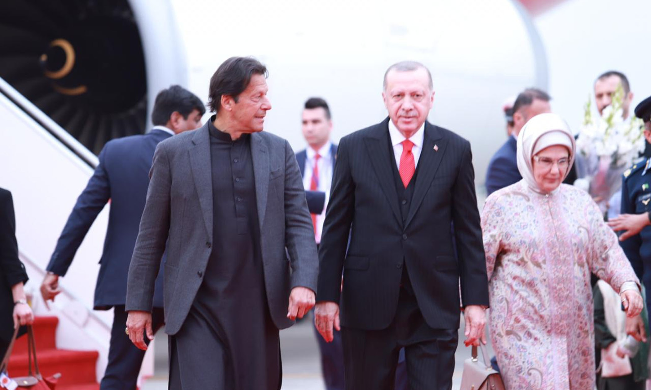 Prime Minister Imran Khan receives President of Turkey Recep Tayyip Erdogan upon arrival in Islamabad on February 13. — PID