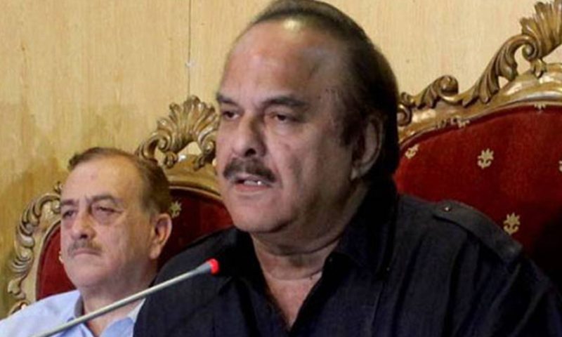 Prime Minister's Special Assistant on Political Affairs Naeemul Haque pictured at a press conference. — DawnNewsTV/File