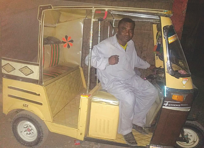 Allah Bux in his rickshaw | Photos by the writer