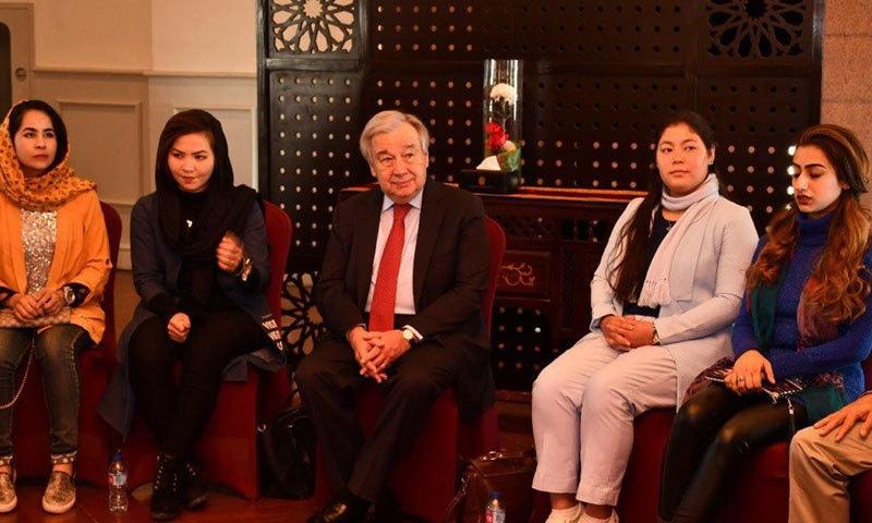 انتونیو گوتریس سے ملاقات کرنے والے وفد میں افغانستان، یمن اور تاجکستان کے نمائندگان بھی شامل تھے —  فوٹو: بشکریہ ریڈیو  پاکستان