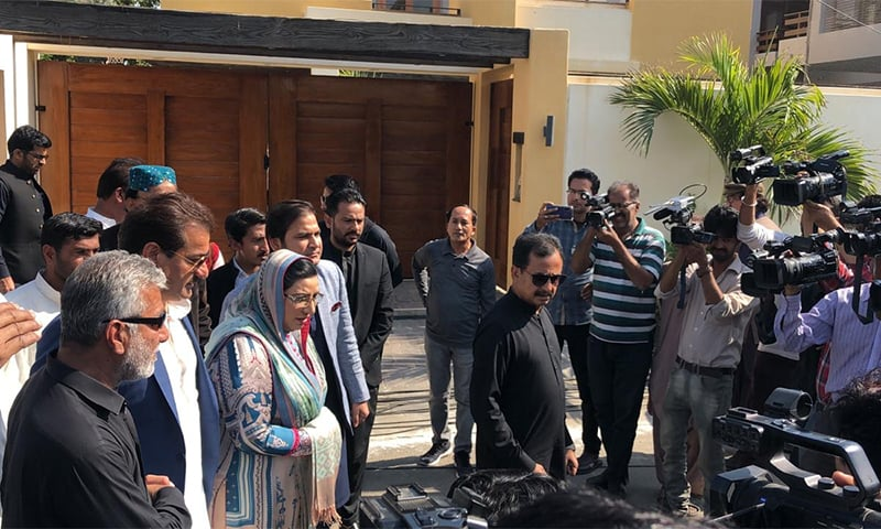 SAPM on Information Firdous Ashiq Awan interacts with the media outside Naeemul Haque's residence. — Photo provided by Imtiaz Ali