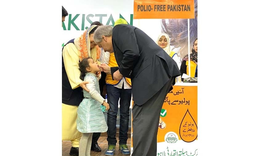 """Important gains have been made, but we need a concerted push to eradicate Polio,"" Guterres said while taking part in Pakistan's first nationwide polio eradication campaign of the year. — Photo courtesy: Guterres's Twitter"