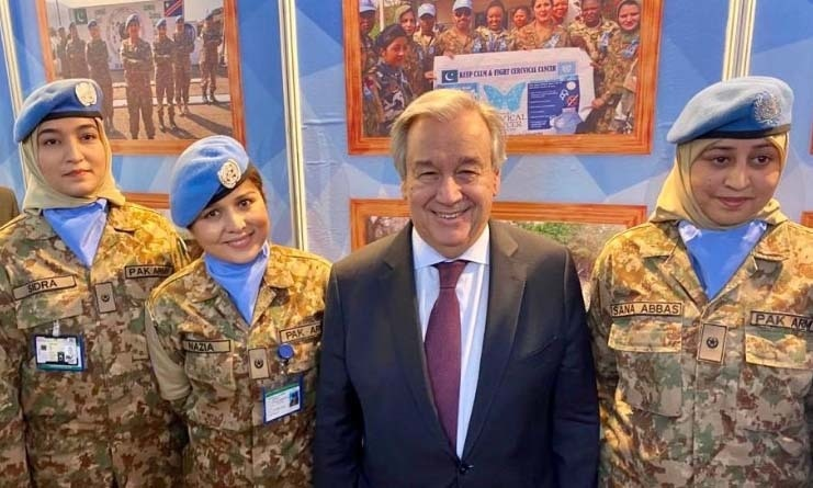 """It was inspiring to meet some of the brave women and men who are #ServingForPeace around the world. Thank you for your service and sacrifice,"" the UN chief Tweeted after meeting female members of Pakistan's UN peace keeping team. — Photo courtesy: Guterres's Twitter"