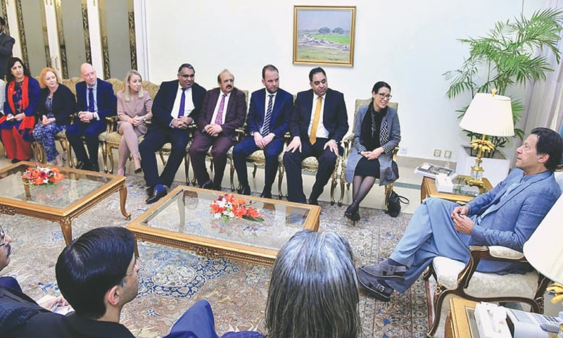 A DELEGATION of Britain's All-Party Parlia­mentary Kashmir Group, led by Debbie Abrahams, calls on Prime Minister Imran Khan on Wednesday.—APP