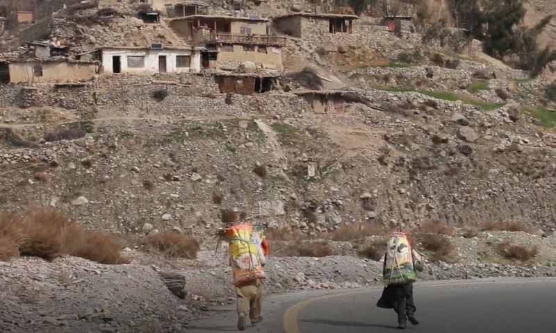 800 افراد کی آبادی پر مشتمل گاؤں کا کوئی خاص ذریعہ معاش نہیں—فوٹو: سراج الدین