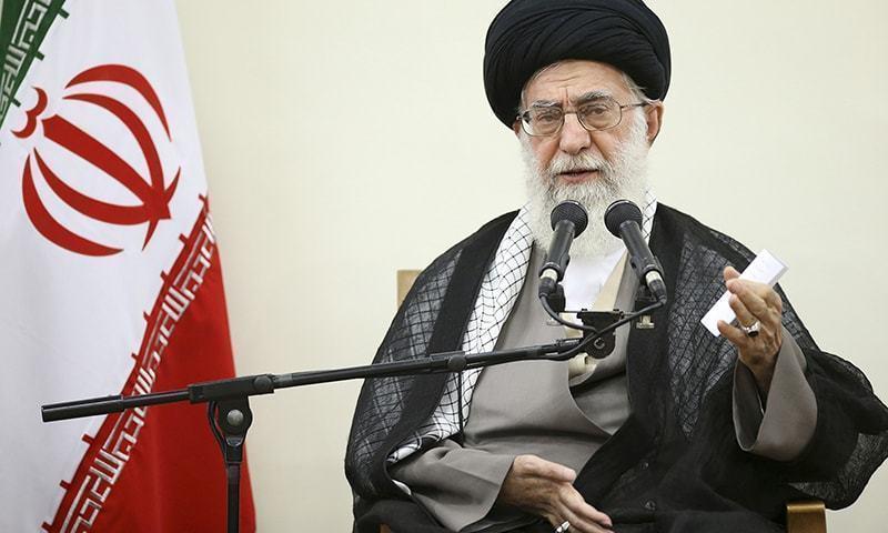 آیت اللہ علی خامنہ ای نے کہا کہ ہمارے دشمن انتخابات کے مخالف ہیں —فائل فوٹو: اے پی