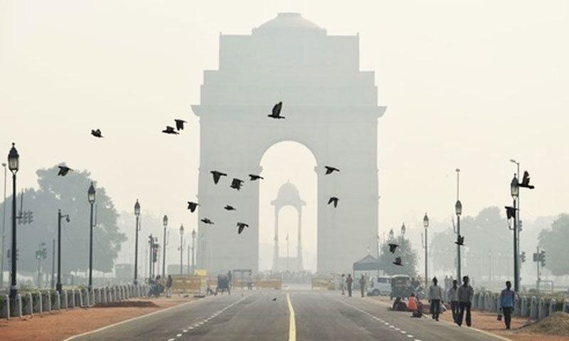نئی دہلی بدترین فضائی آلودگی والا دارالحکومت ہے—فائل فوٹو: اے ایف پی