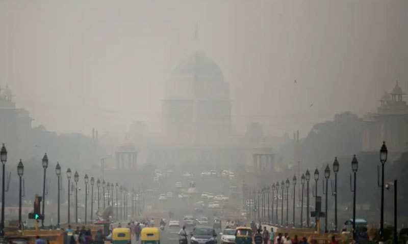 ممبئی کی فضائی آلودگی صحت کو متاثر کرنے والی ہے، رپورٹ—فوٹو: رائٹرز