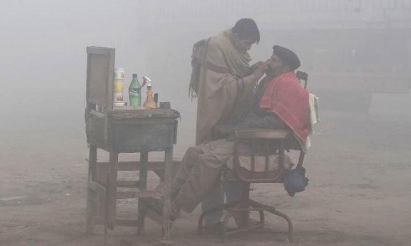لاہور فضائی آلودگی کے حوالے سے نویں نمبر پر ہے—فائل فوٹو: اے ایف پی