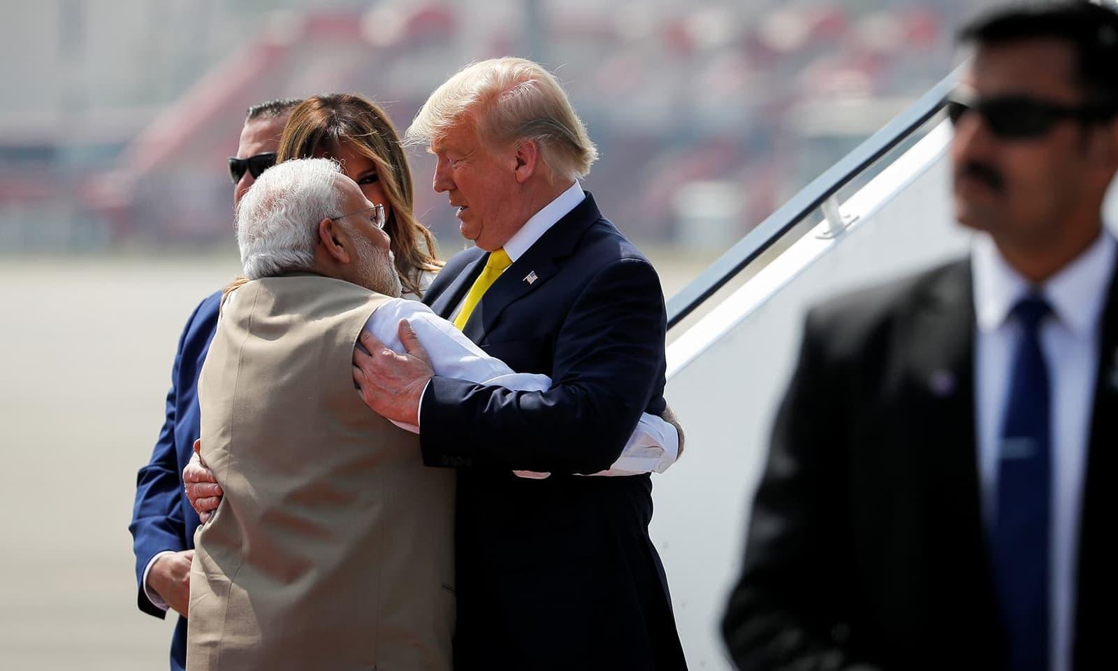 بھارت اور امریکا کے مابین ٹیکس ختم کرنے سے متعلق کوئی  معاہدہ نہیں ہوا — فوٹو: رائٹرز