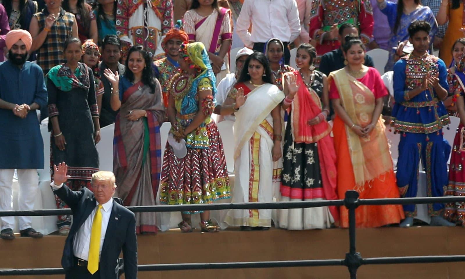 ٹرمپ بھارت کو جنگی ہتھیار فروخت کرنے میں کامیاب رہے — فوٹو: رائٹرز