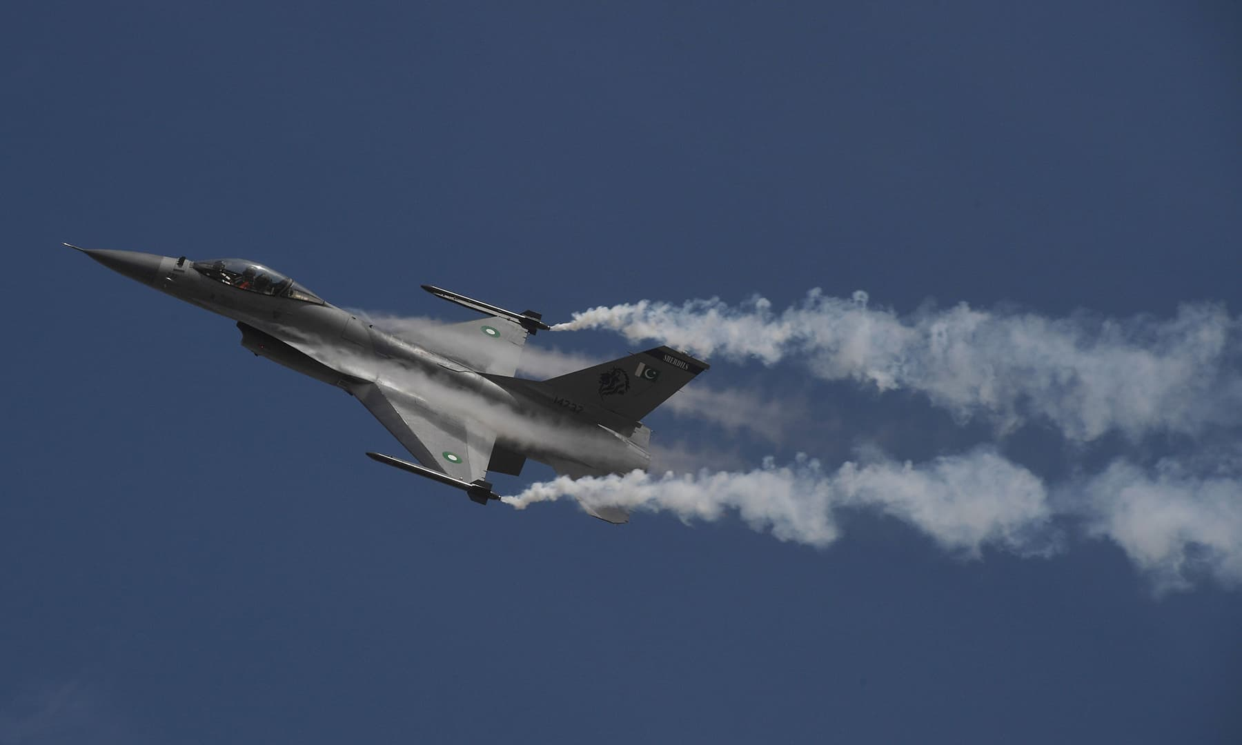 A Pakistani fighter jet F-16 flies over Karachi. — AFP