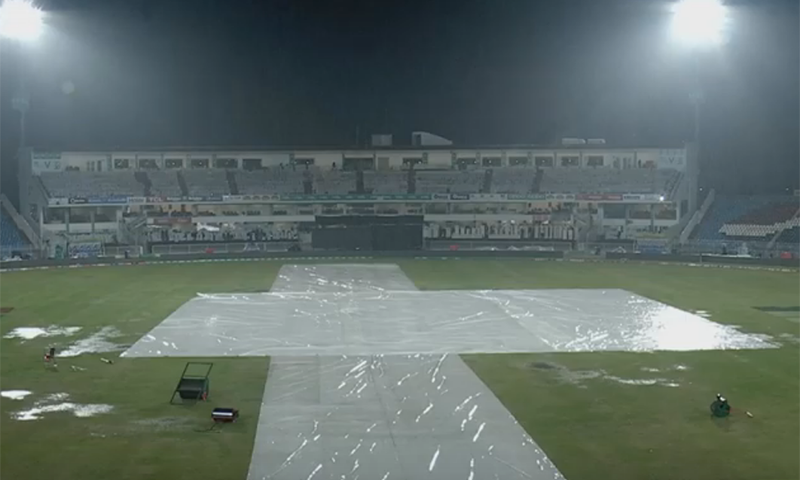 بارش کے سبب میچ کا ٹاس بھی ممکن نہیں ہو سکا— اسکرین شاٹ