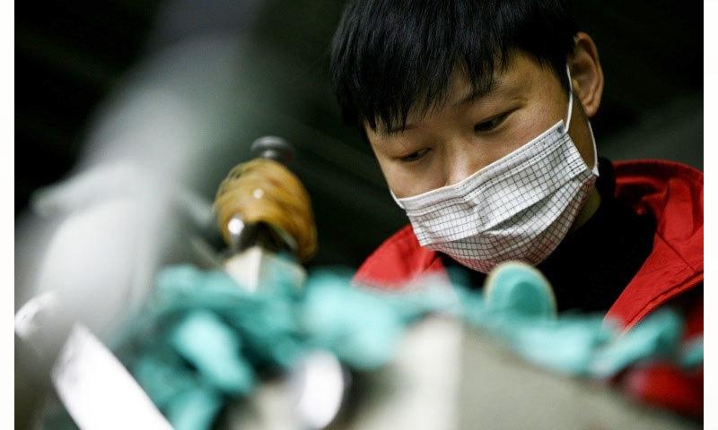 کورونا وائرس دسمبر 2019 میں چین سے شروع ہوا—فائل فوٹو: اے ایف پی