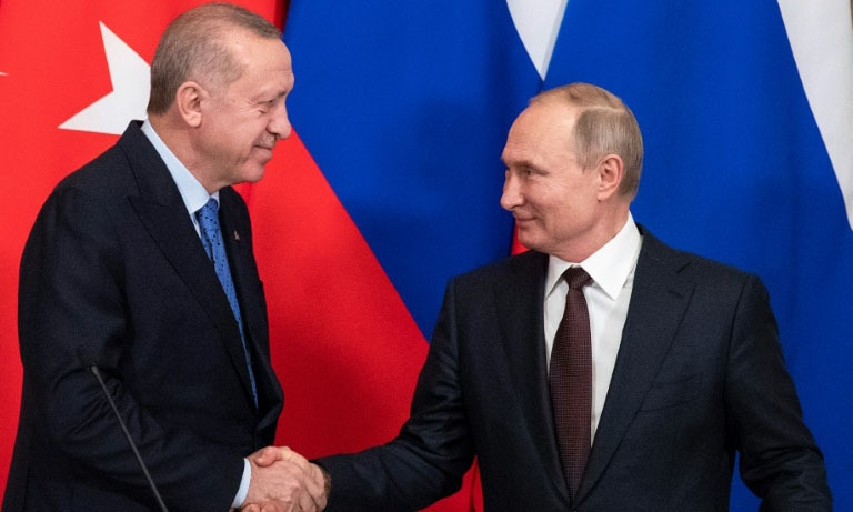 Putin (R) and Erdogan (L) agreed the ceasefire at Moscow talks on Thursday. — AFP
