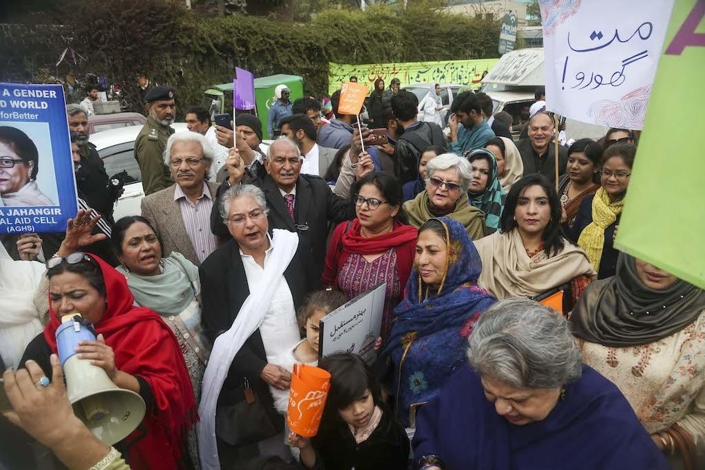 Protestors including Hina Jillani at a previous Aurat March in Lahore | Aun Jafri, White Star