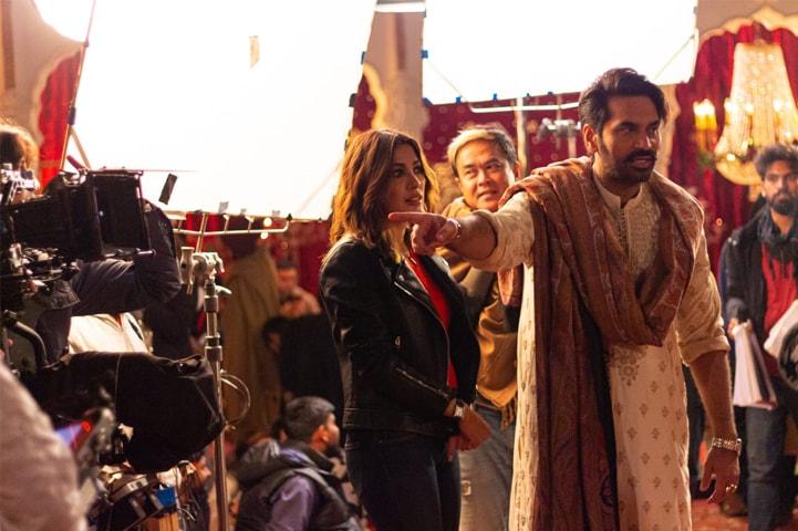 Mehwish Hayat, Director of Photography Kelvin Keeho and Humayun Saeed on the set of London Nahin Jaunga | Photos by the writer