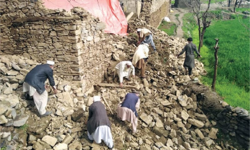 10 more killed as KP declares 'extreme weather emergency'