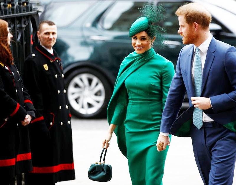 شہزادہ ہیری اور میگھن مارکل نے 10 مارچ کو باضابطہ طور پر شاہی حیثیت کو چھوڑا تھا—فوٹو: رائٹرز
