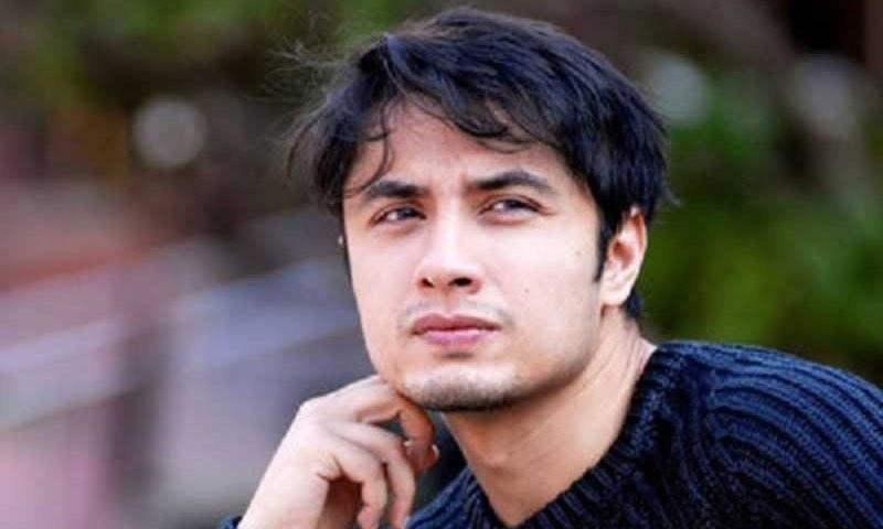 علی ظفر کے کورونا وائرس پر بنائے گانے سے شائقین ناراض