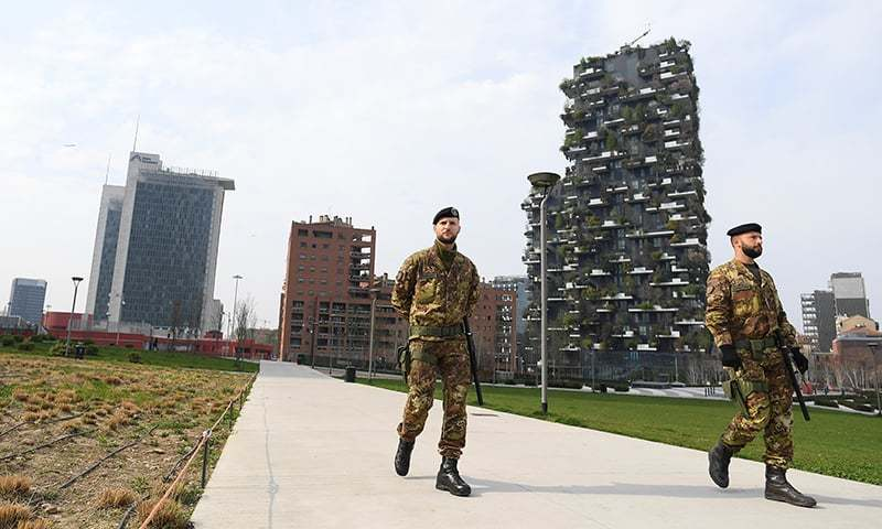 حساس مقامات پر 7 ہزار فوجیوں کو پہلے ہی تعینات کیا جاچکا ہے—فوٹو:رائٹرز