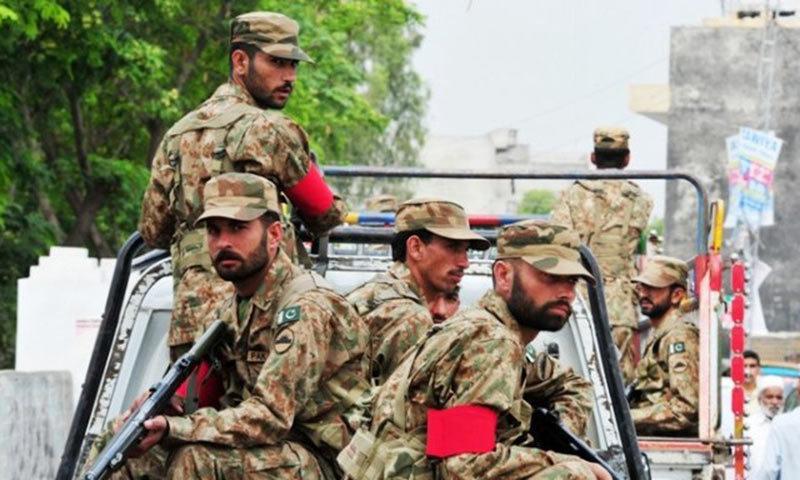 وزارت داخلہ کے مطابق سول انتظامیہ کی درخواست پر فوج طلب کی گئی—فائل/فوٹو:ڈان