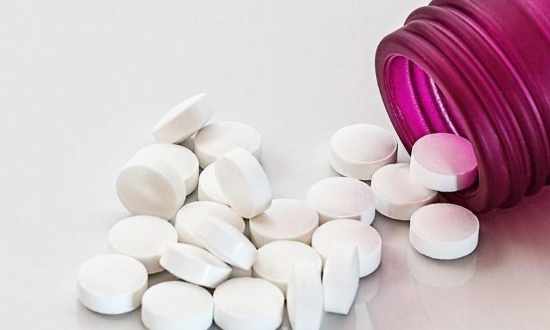 کلوروکوئن دوا کو ملیریا کے مریضوں کے علاج کے لیے استعمال کیا جاتا ہے—فوٹو: پکسابے