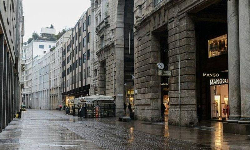 اٹلی کی ایک سنسان گلی—فوٹو: اے ایف پی
