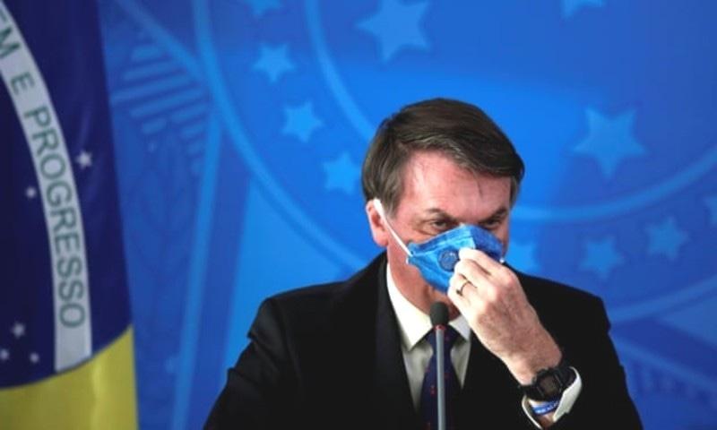 میں ایتھلیٹ رہا ہوں اس لیے مجھے وائرس ہو بھی گیا تو نزلہ و زکام ہوگا، صدر—فوٹو: رائٹرز