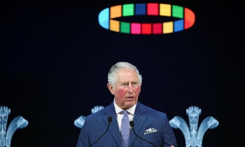 رپورٹ کے مطابق شہزادہ چارلس گھر سے خدمات سر انجام دیتے رہیں گے—فوٹو: رائٹرز