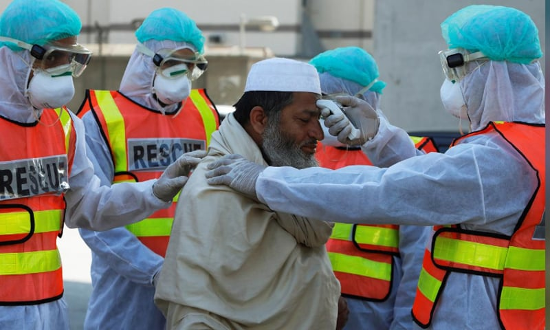 کورونا وائرس کا پاکستان میں پہلا کیس 26 فروری کو سامنے آیا تھا—فائل فوٹو: رائٹرز