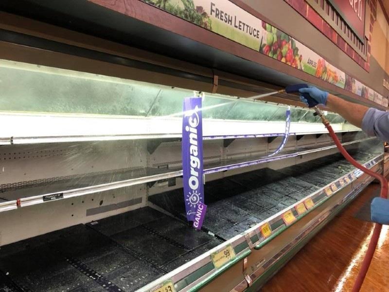 اسٹور نے شیلف خالی کرکے وہاں اسپرے بھی کیا—فوٹو: گیرٹی سپر مارکیٹ فیس بک
