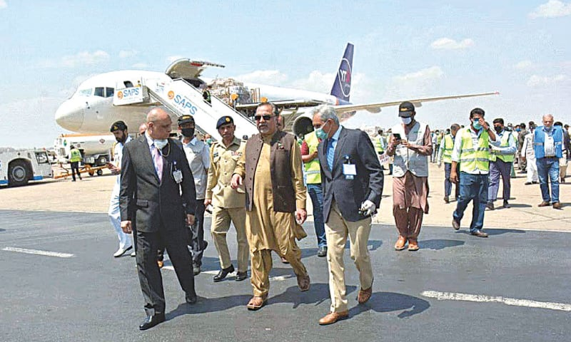 Governor Ismail receives the medical supplies at the airport on Friday.—APP