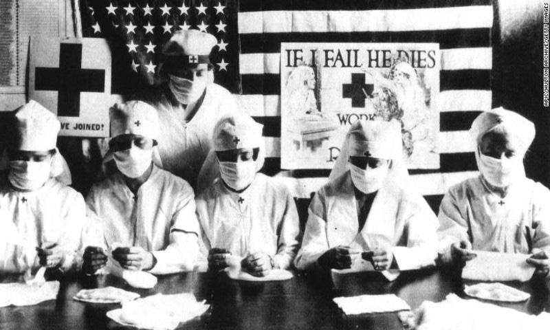 عالمی وبا: 100 سال قبل جو غلطی ایشیا نے کی، اب مغربی ممالک کر رہے ہیں