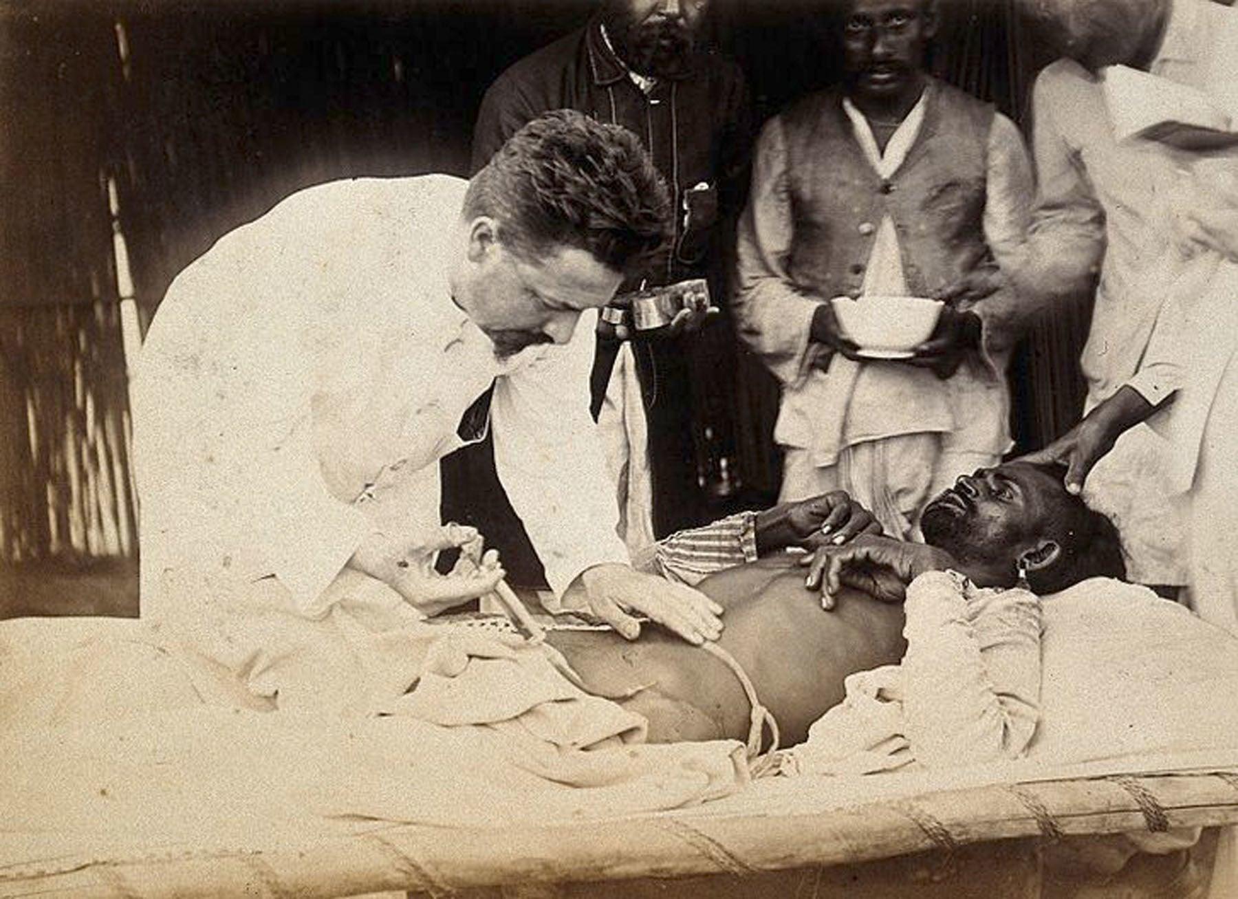 کراچی میں طاعون کا مریض—Wellcome Library archive collection