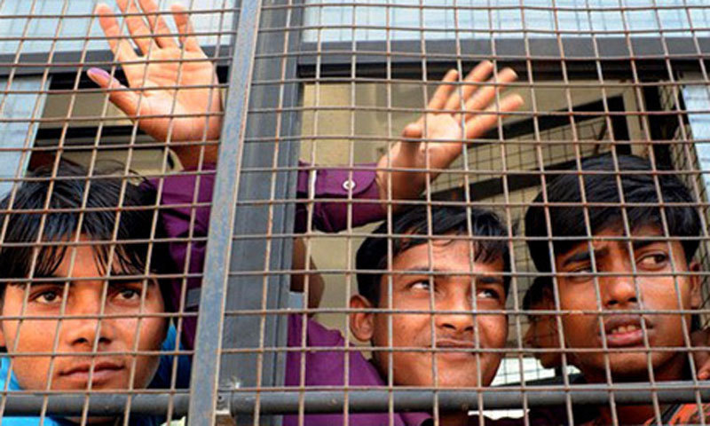 عدالت نے قیدیوں کے لیے اس کا حل بھی پیش کیا کہ کہ وہ معاوضے کا مطالبہ کرسکتے ہیں— فائل فوٹو: اے ایف پی