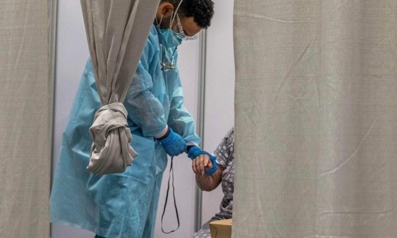 کیا کورونا وائرس دیگر عالمی وباؤں سے زیادہ خطرناک ہے؟
