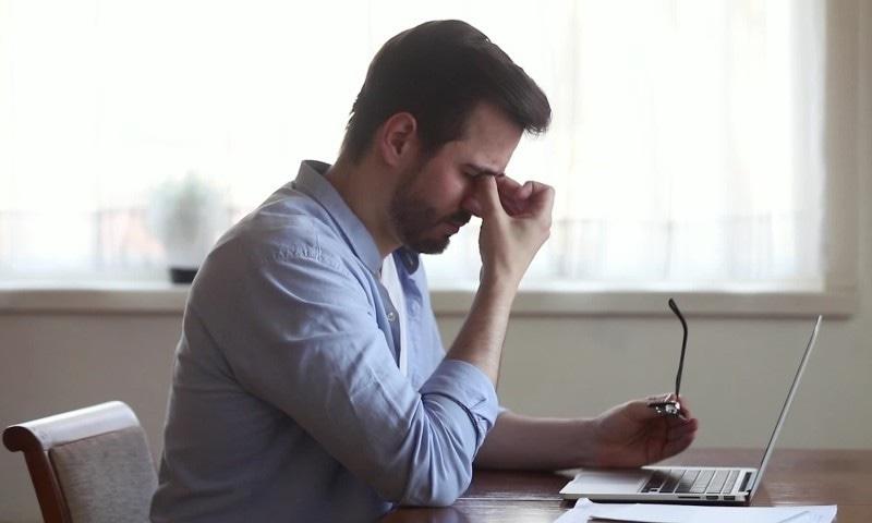 آخر لاک ڈاؤن کے دوران ہر وقت تھکاوٹ کا احساس کیوں طاری رہتا ہے؟