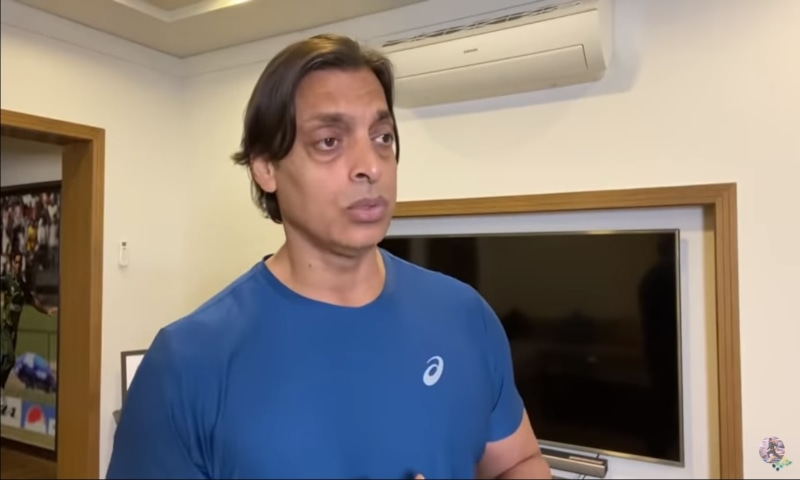 Former fast-bowler Shoaib Akhtar criticised PCB's legal department in a YouTube video. — Photo courtesy: Shoaib Akhtar's YouTube video