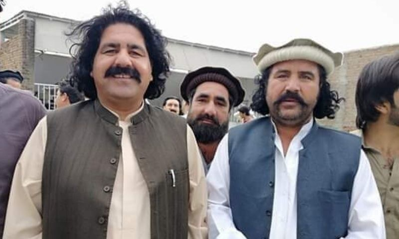 عارف وزیر رکن قومی اسمبلی علی وزیر کے کزن تھے—فائل فوٹو: ٹوئٹر
