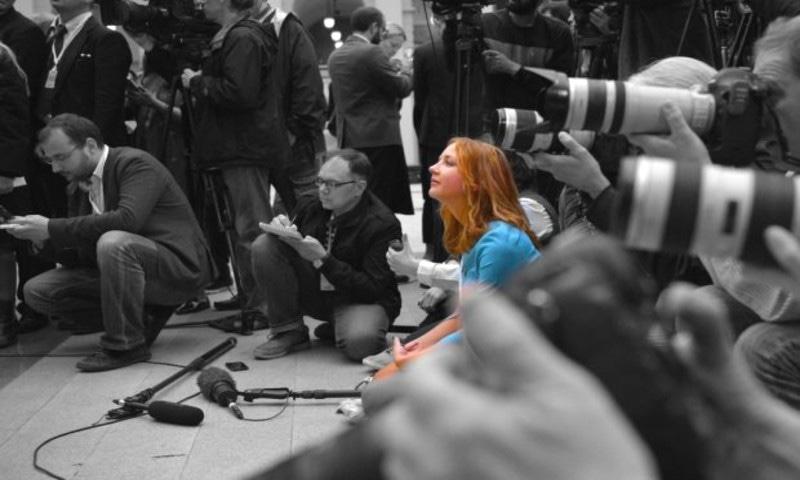 دنیا بھر میں میڈیا پر پابندیوں میں اضافہ ہوا، عالمی ادارے—فوٹو: سول سیفالر