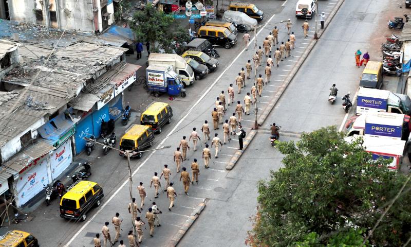 بھارت: سیکڑوں پولیس اہلکار کورونا وائرس کا شکار ہوگئے