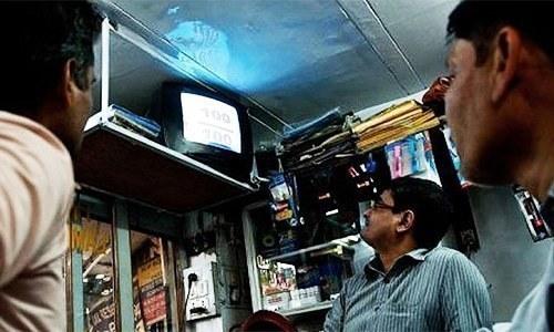 بعض ٹی وی چینلز پیر سے لاک ڈاؤن ختم ہونے کا غلط تاثر دے رہےہیں، مراد علی شاہ