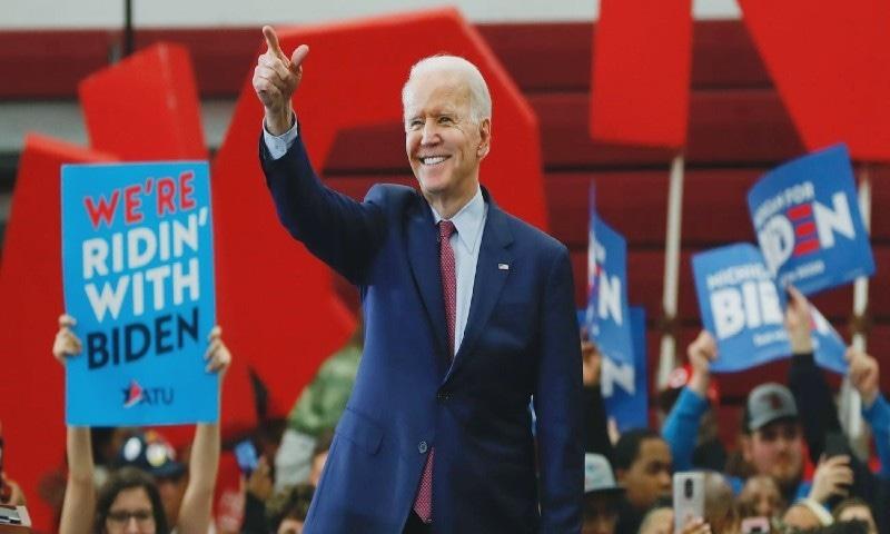 جوبائیڈن ڈیموکریٹک پارٹی کے امیدوار ہیں—فوٹو: اے پی