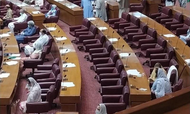 ایس او پیز کی خلاف ورزی کرنے والے پارلیمنٹرین کو ڈپٹی اسپیکر نے کیا دھمکی دی؟