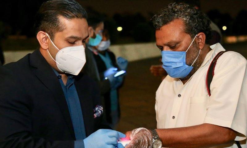 ملک میں وبا کا پھیلاؤ تیزی سے جاری ہے—فائل فوٹو: انادولو ایجنسی